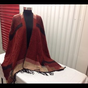 BEAUTIFUL FALL COLORS REVERSIBLE PONCHO ONE SIZE